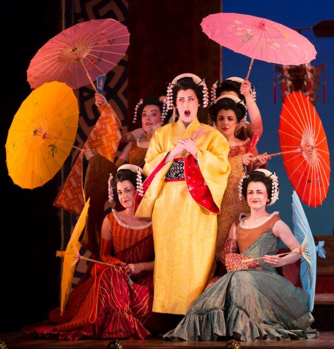 Emma Kerr as Peep-Bo, and The Chorus of The Mikado